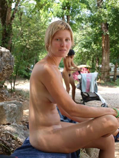 Teen n1 four young sexy petite girls and a young boy 3