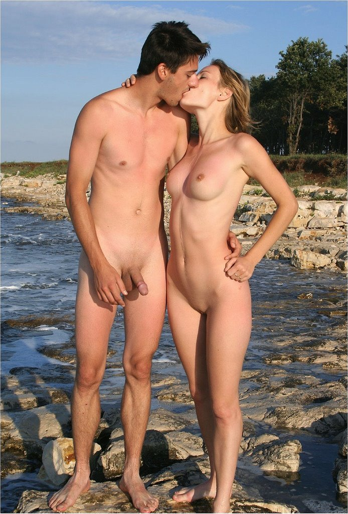 Молодые пары голые